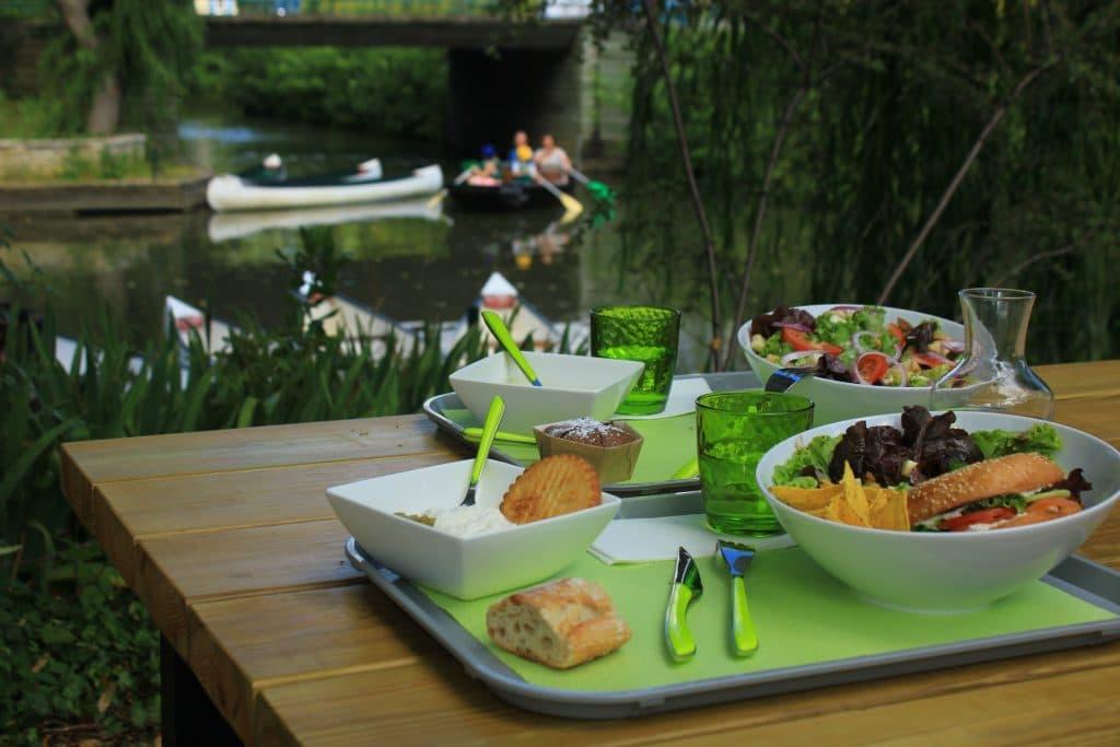 Restaurant au bord de l'eau - Le Mazeau